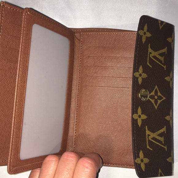Louis Vuitton Sarah Monogram Wallet