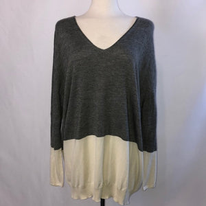 NWT The Row Gray and Cream Cashmere Sweater