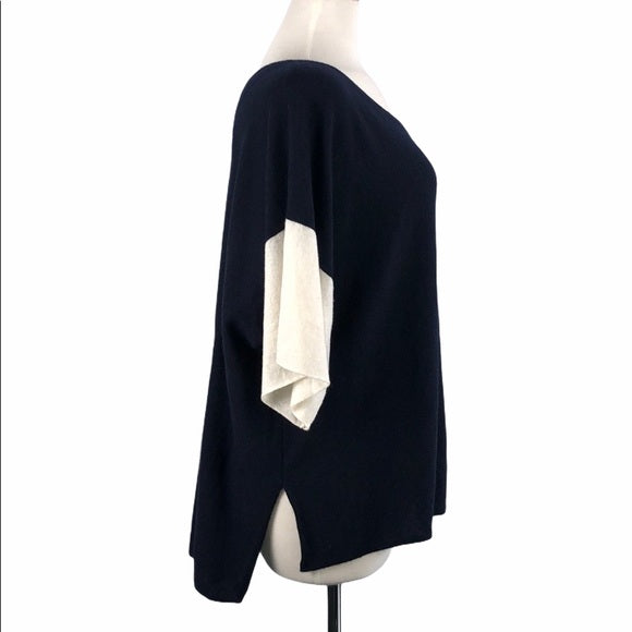 Vince Blue and White Quarter Arm Sleeve Cashmere