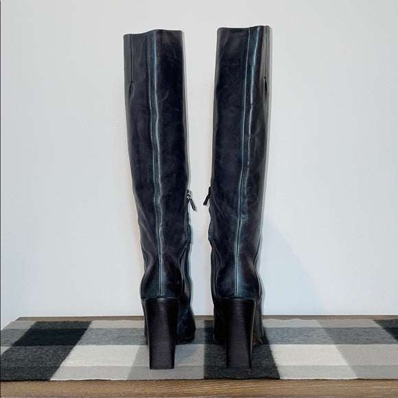 Costume National Dark Ashy Heeled Leather Boots