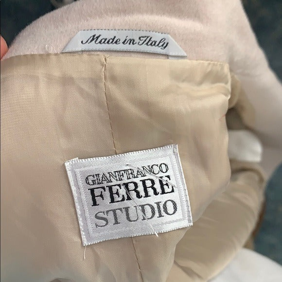 G Ferre Cream Cash Blend with Belt
