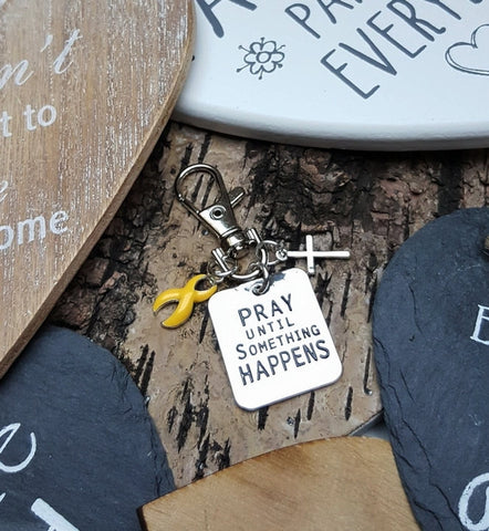 YE-3 Endometriosis Bladder Cancer Sarcoma Awareness Pray Until Something Happens Keychain