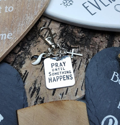 BW-6 Ehlers Danlos EDS CVID Endocrine Cancer Awareness Pray Until Something Happens Keychain