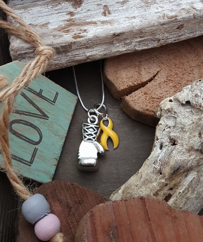 YE-2 Suicide Awareness Endometriosis Jewelry Sarcoma SpinaBifida Boxing Glove Necklace Keep Fighting