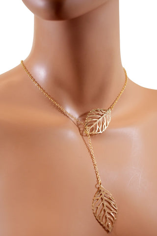 Adjustable Gold Chain Leaf Choker