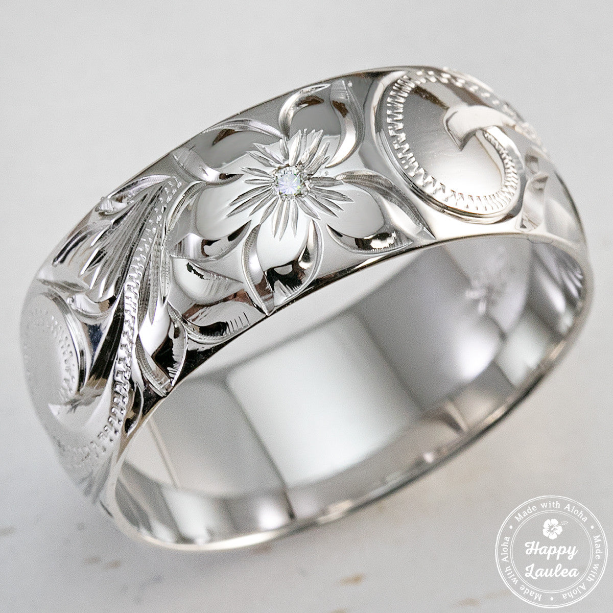 14k white gold 8mm ring engraved with simple