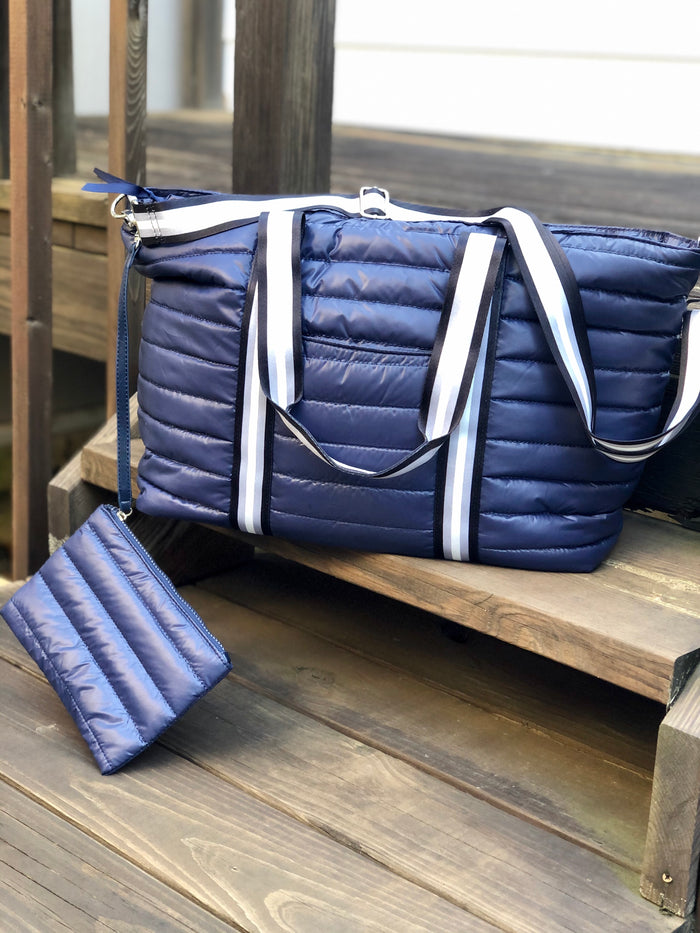 Quilted Puffer Weekender Bag - Navy