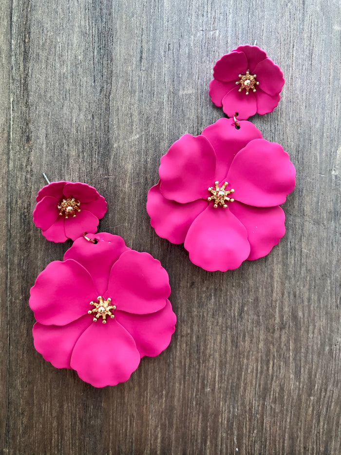 Painted Metal Flower Earrings - Pink