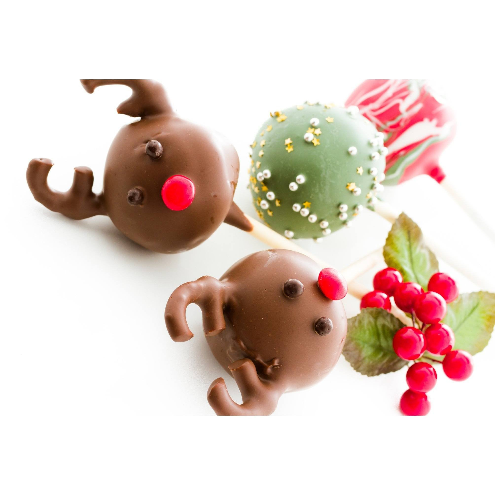 Christmas Reindeer Cake Pops For Christmas - Cake Pops Parties