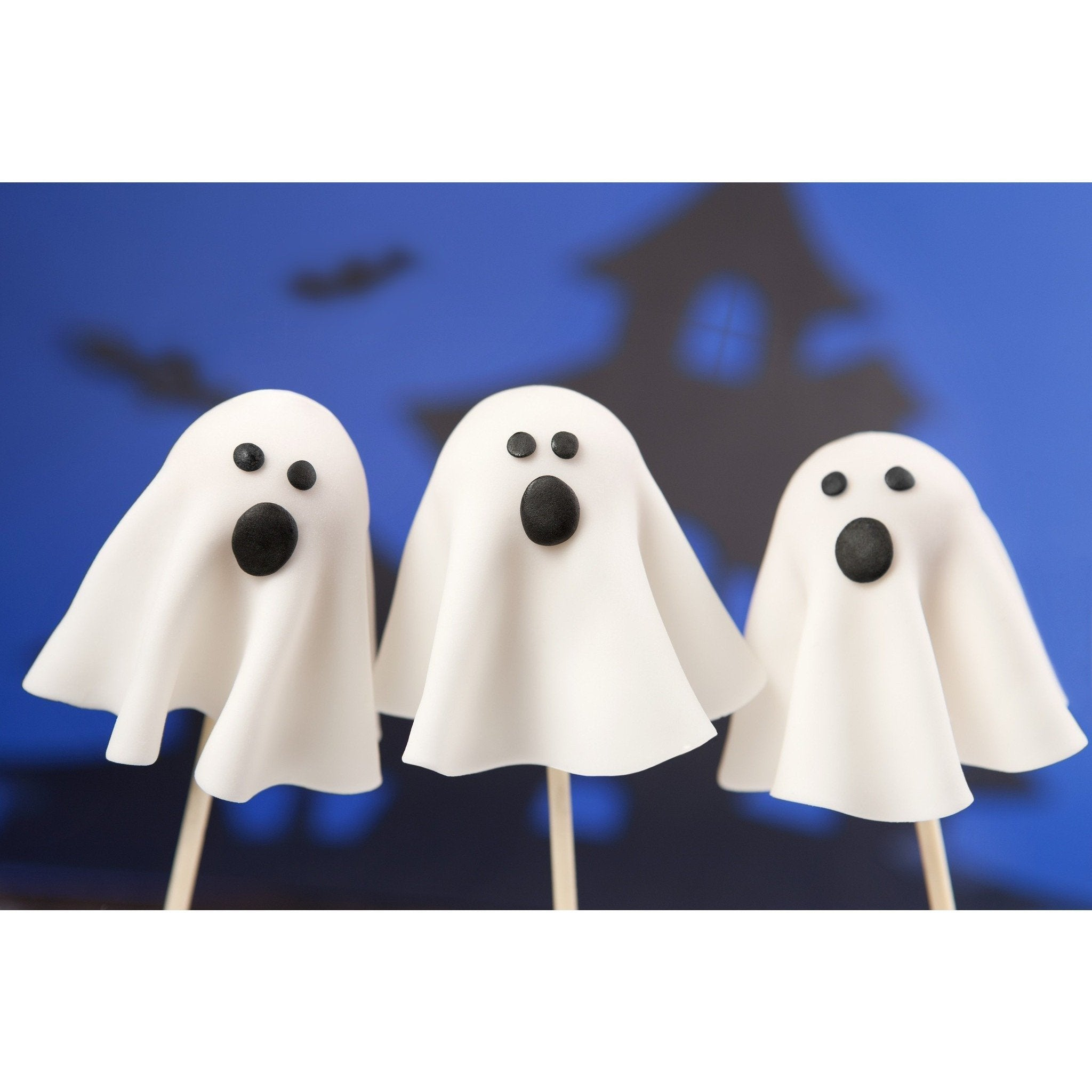 Ghost Cake Pops For Halloween - Cake Pops Parties