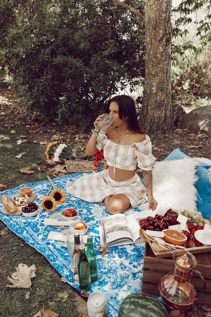 beach life- skova- free people- urban outfitters- picnic date- picnic blanket- picnic basket