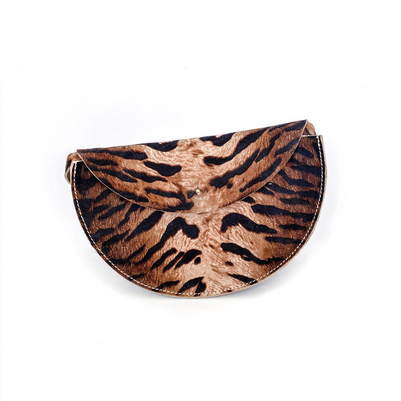 Mila Crossbody, Belt Bag (Tiger Print)