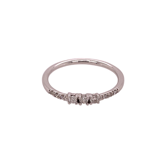 Dainty Triple Diamond Ring With Side Pavé Diamonds