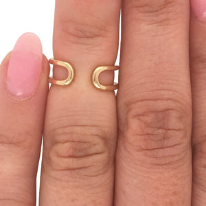 Load image into Gallery viewer, Double midi ring cast in 14 kt yellow gold on left ring finger.