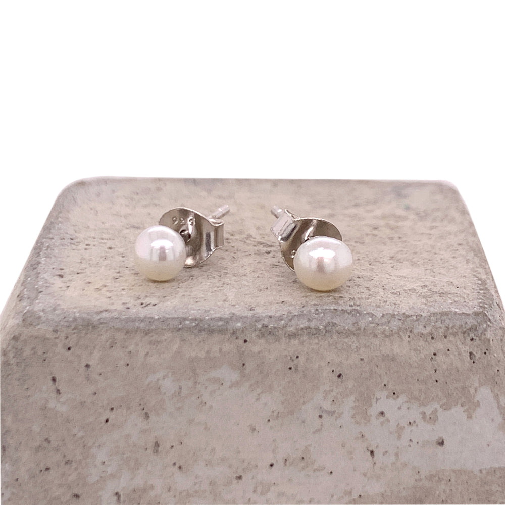 Pearl Stud Earrings - The Curated Gift Shop