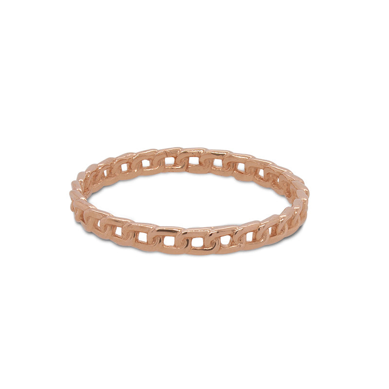 Front view of chain link pattern ring cast in 14 kt rose gold.
