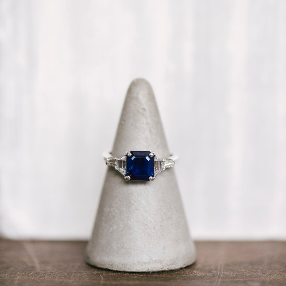 Load image into Gallery viewer, Blue Sapphire And Diamond Ring - The Curated Gift Shop