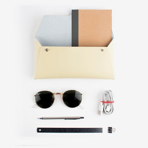 Regular Pouch · Beige