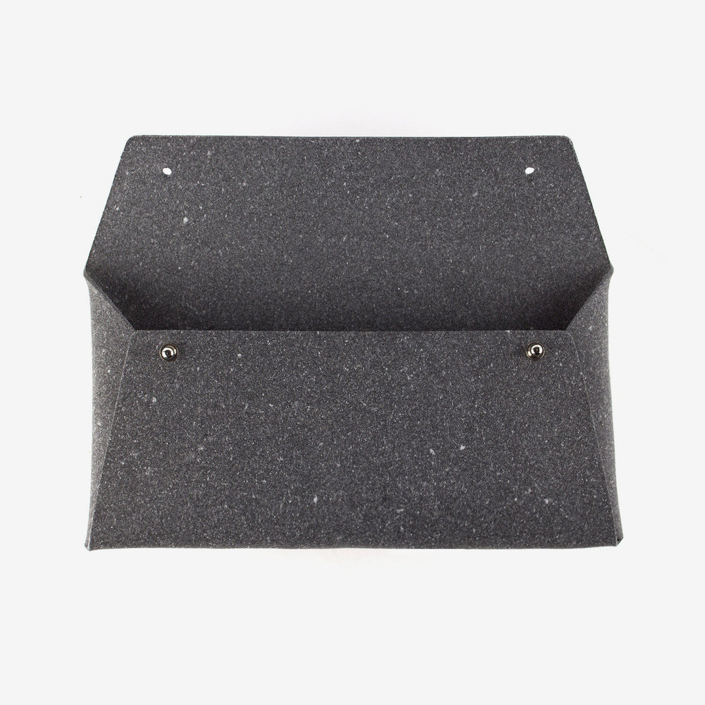 Regular Pouch · Stone