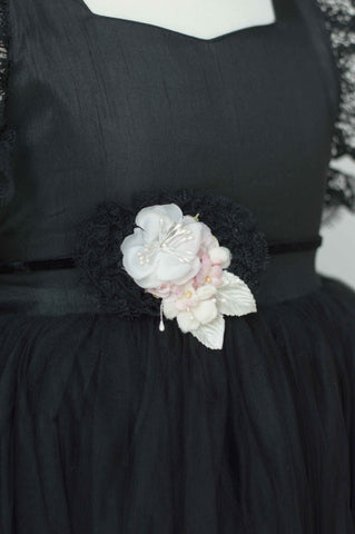 Dollcake Black Beauty Sash