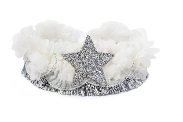 Modern Queen Kids Starry Night Collar in Ivory and Silver available for rent from The Borrowed Boutique.