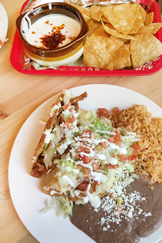 ShopMucho eats at Maciels Mexican restaurant in downtown Memphis