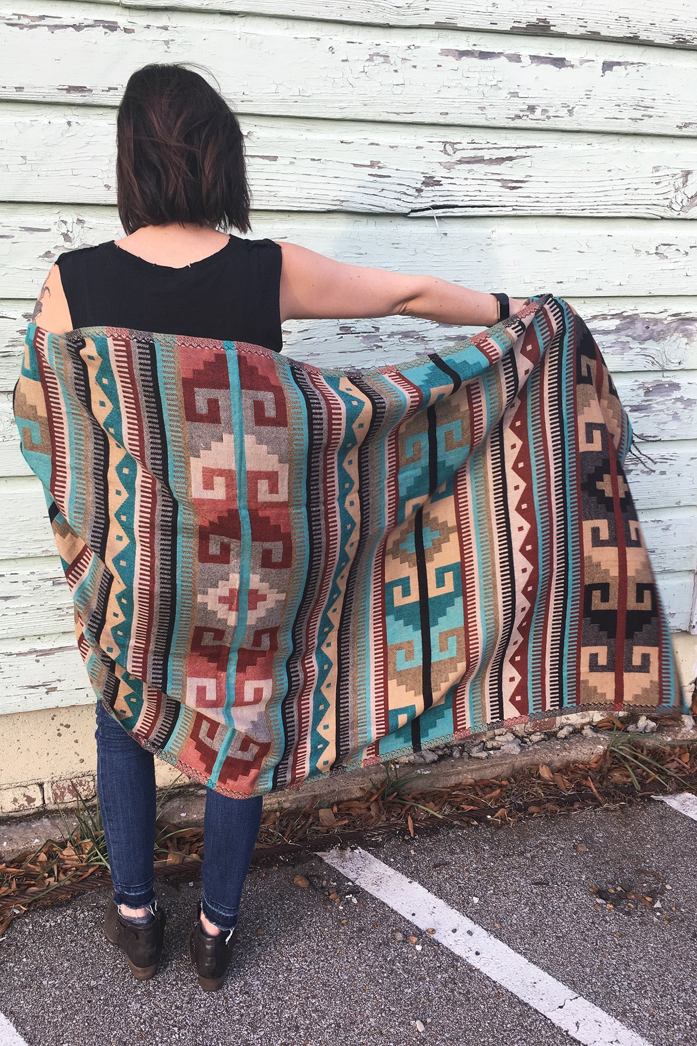ShopMucho's women's Mexican shawl in turquoise geometric pattern