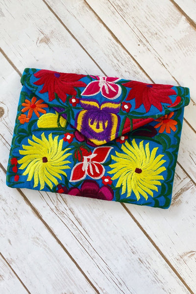 Shopmucho Women's Floral Embroidered Clutch
