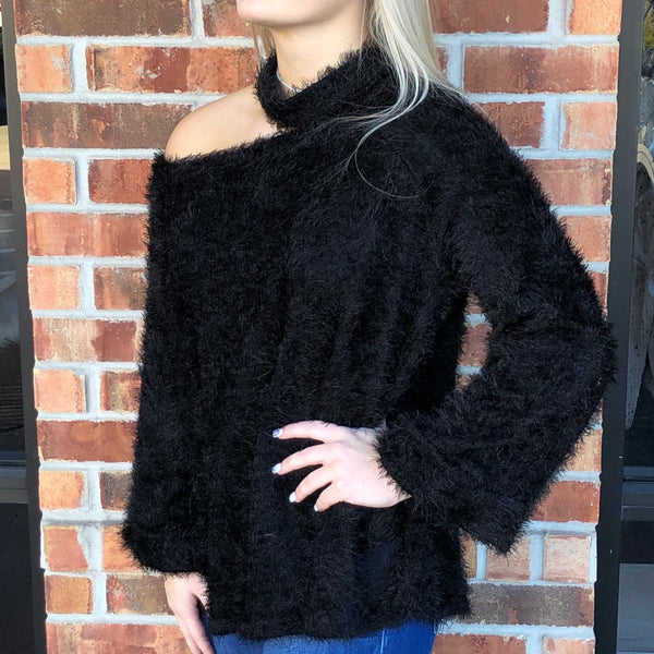 One Shoulder Fuzzy Choker Neck