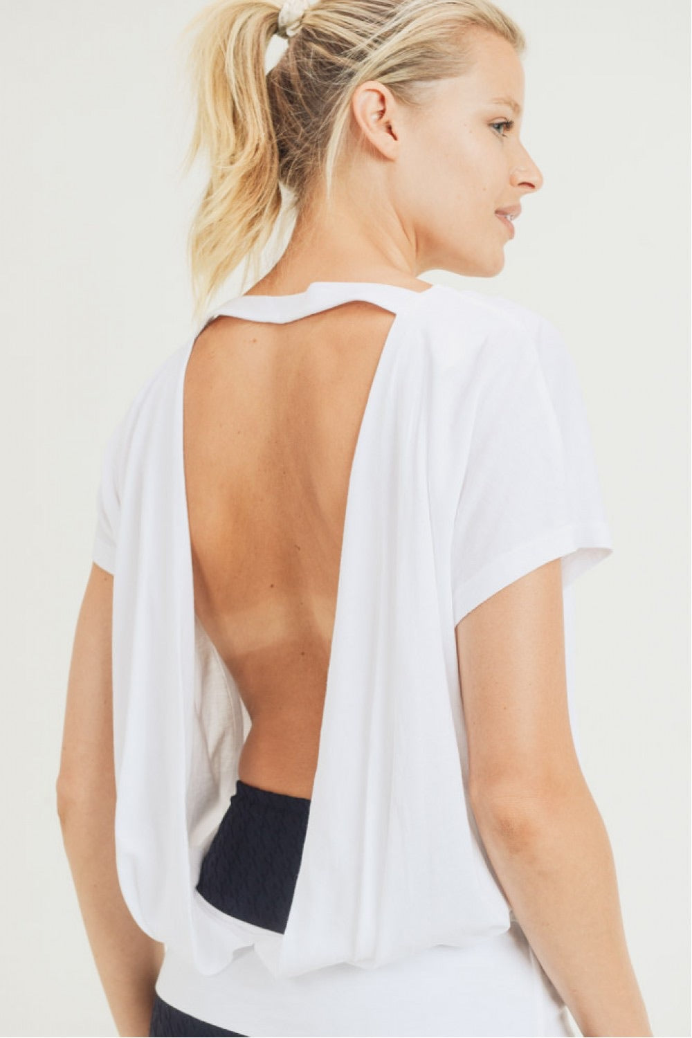Open Drape Back