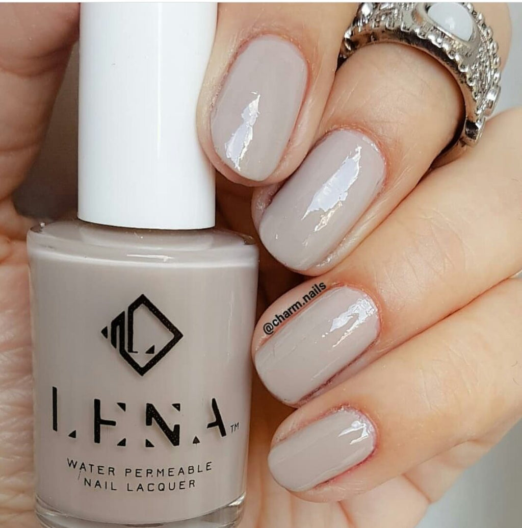 Breathable_Halal_Nail_Polish_Her-mazing_LE136_LENA