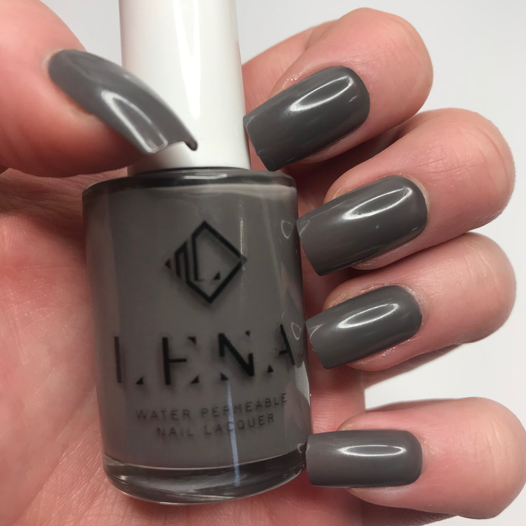 Breathable Halal Nail Polish - Dark Romance - LE131 by LENA
