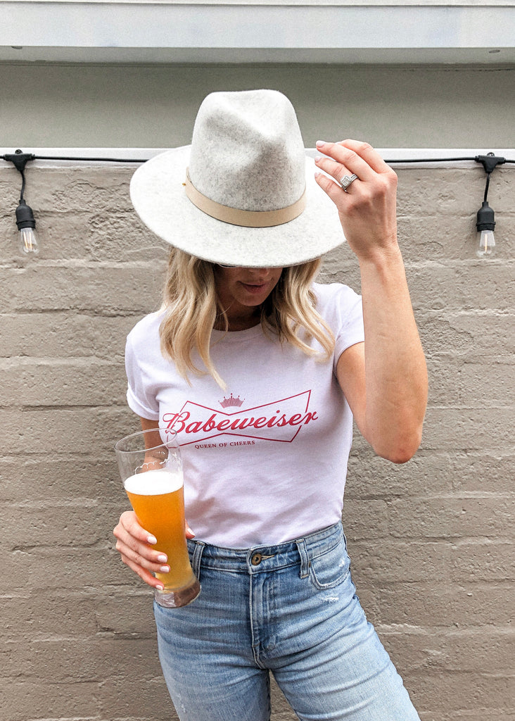 Babeweiser 'Queen Of Cheers' Tee