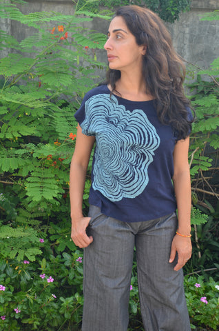 keang top - navy with tree rings