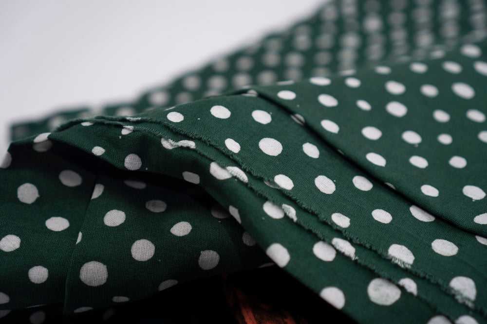 Fabric - Cotton in Bullfrog