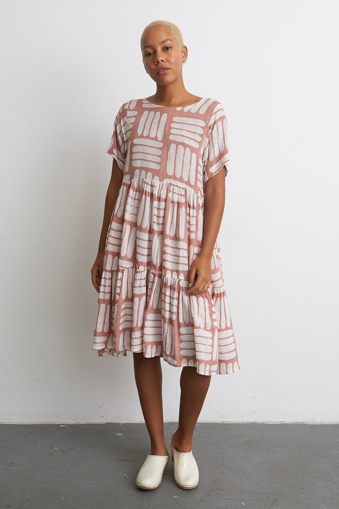 Layer Dress in Pink Basket