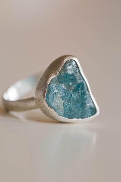 Malia Apatite Raw - Silver Fox Foundry