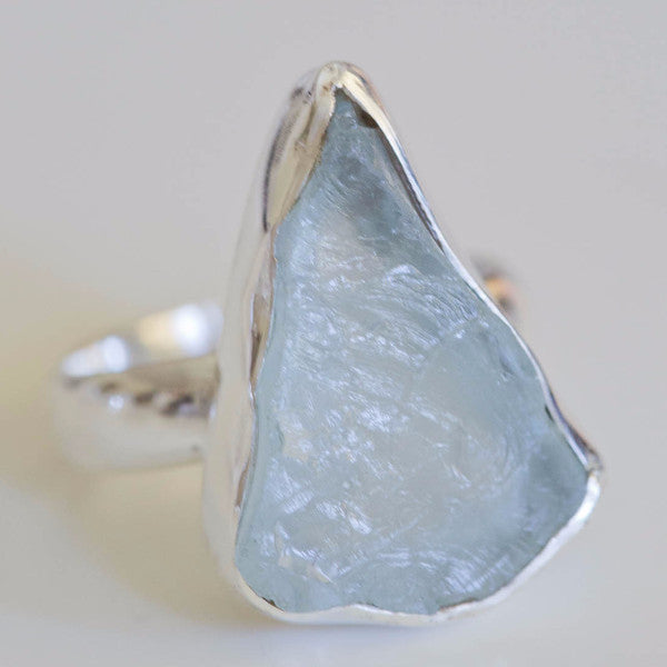 Edra Raw Aquamarine ring - Silver Fox Foundry