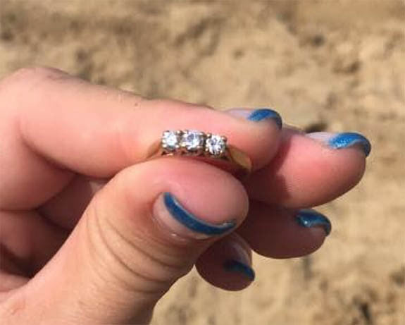 Manitoba Woman Harnesses Power of Facebook to Find Owner of a Diamond Ring Found in West Hawk Lake