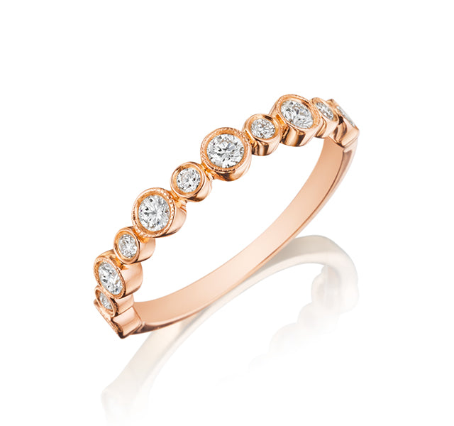 Alternating Large and Small Diamond Band in Rose