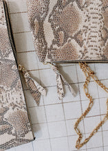 Load image into Gallery viewer, Snakeskin Clutch