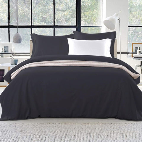 Classic Black Quilt Cover Set