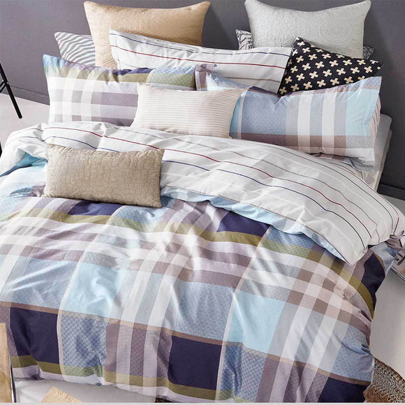 The Plaid Quilt Cover