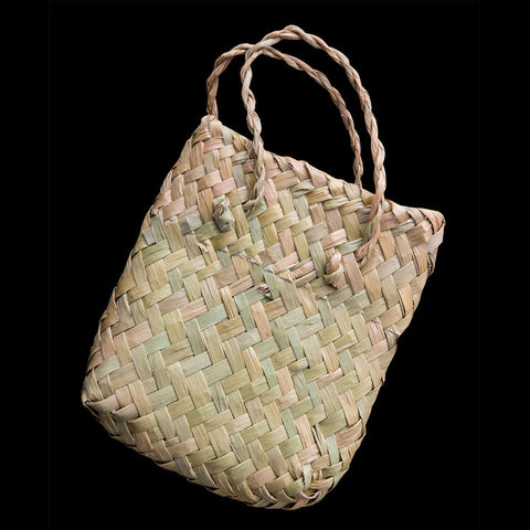 Traditional Maori Flax Kete bag