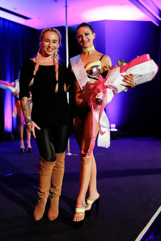Sofia representing Fitsistas and The Brass Room taking out 3rd place in the amateur division with our stunning judge Miss Nikki Anne