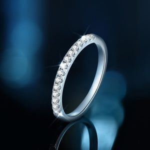 "GEMODA GEMODA ""Milan"" Pavé Moissanite Stackable Wedding Band in 925 Sterling Silver - Gemorie"