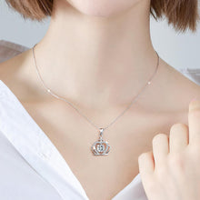 "Load image into Gallery viewer, GEMODA GEMODA Women's Moissanite 1 Carat Brilliant Round ""Corrine"" Crown Necklace - Gemorie"