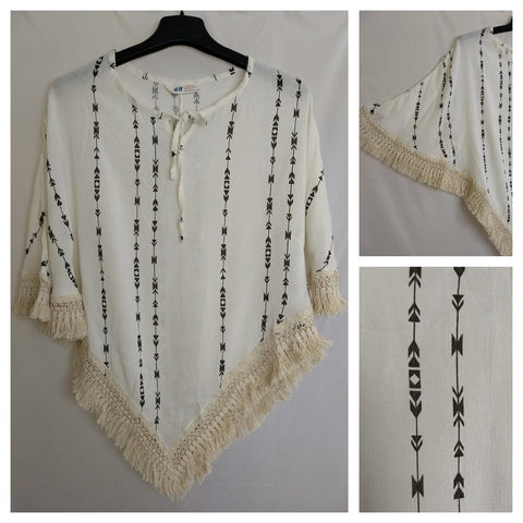 Poncho Style Arrow Printed white Top with Tassels