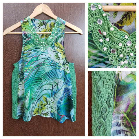 Casual Multicolor Sleeveless - Greenish Top