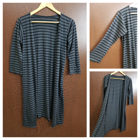 Striped - Casual Summer Shrug - Grey and Black